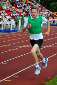 Oscar Birney 1500m